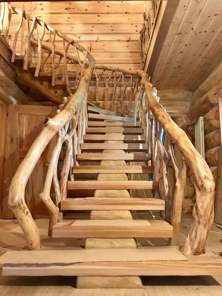 лестница в рустикальном стиле